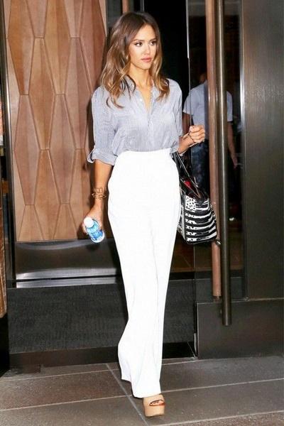 ab9018200 تسوقي البنطلون الأبيض لإطلالة أنيقة في الصيف - مجلة هي