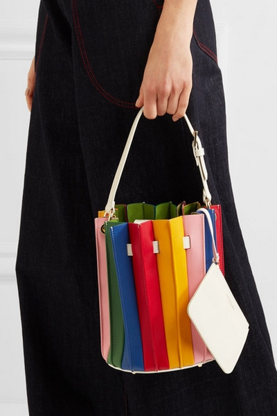 afc4fd109 تسوقي الشنط الملونة مع الفساتين السوداء لإطلالة راقية هذا الصيف ...