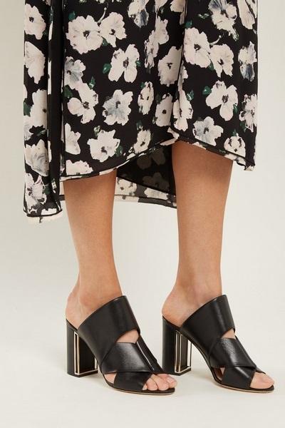 نصائح لتسوق موديلات أحذية مثالية للأرجل السمينة