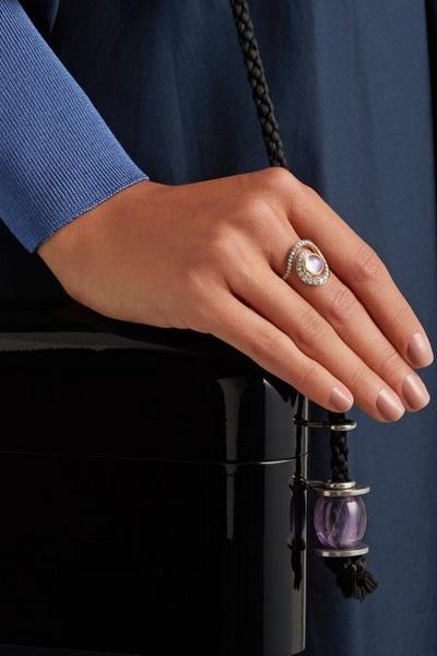 تسوقي مجوهرات حجر القمر لمولودات برج السرطان