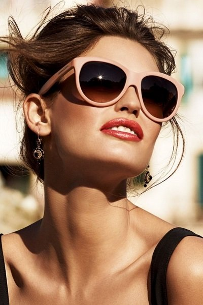 7fdbb80f3 تسوقي نظارات شمسية مناسبة للبشرة السمراء - مجلة هي