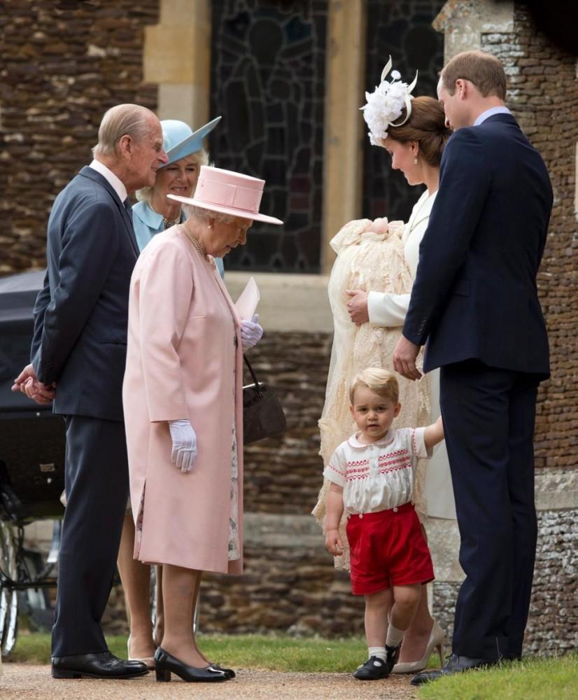 الأمير هاري يقول إنه عم سيء للأميرة تشارلوت