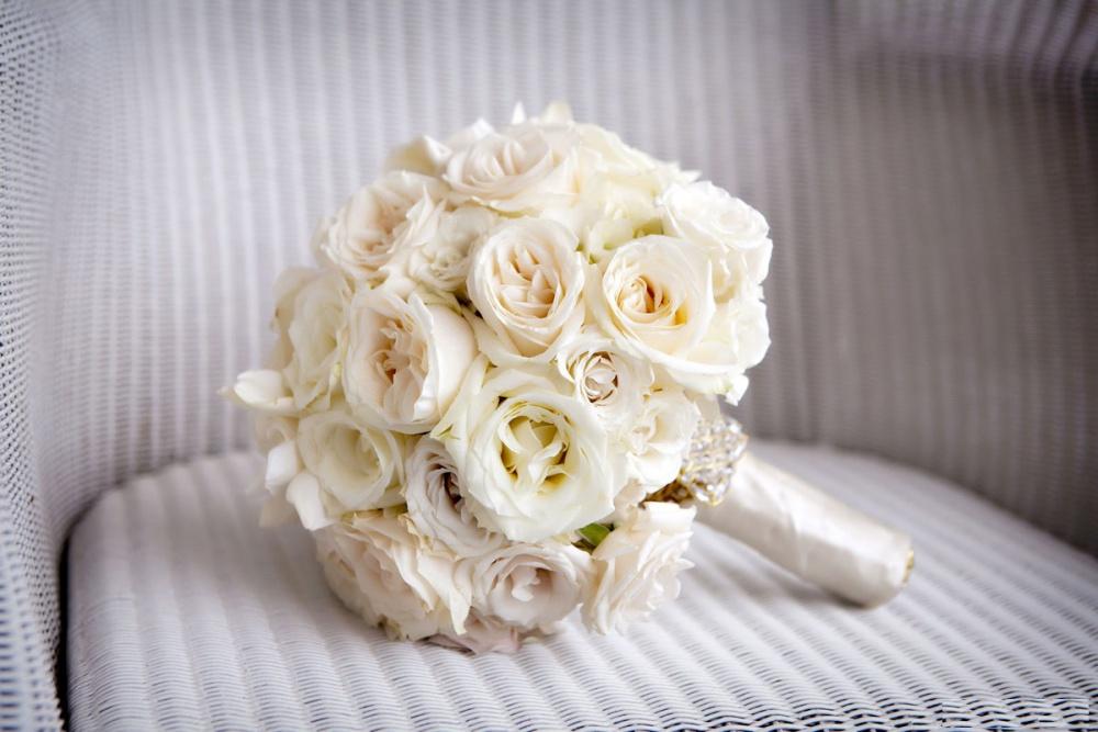 باقة الورد الأبيض أناقة وصفاء مجلة هي