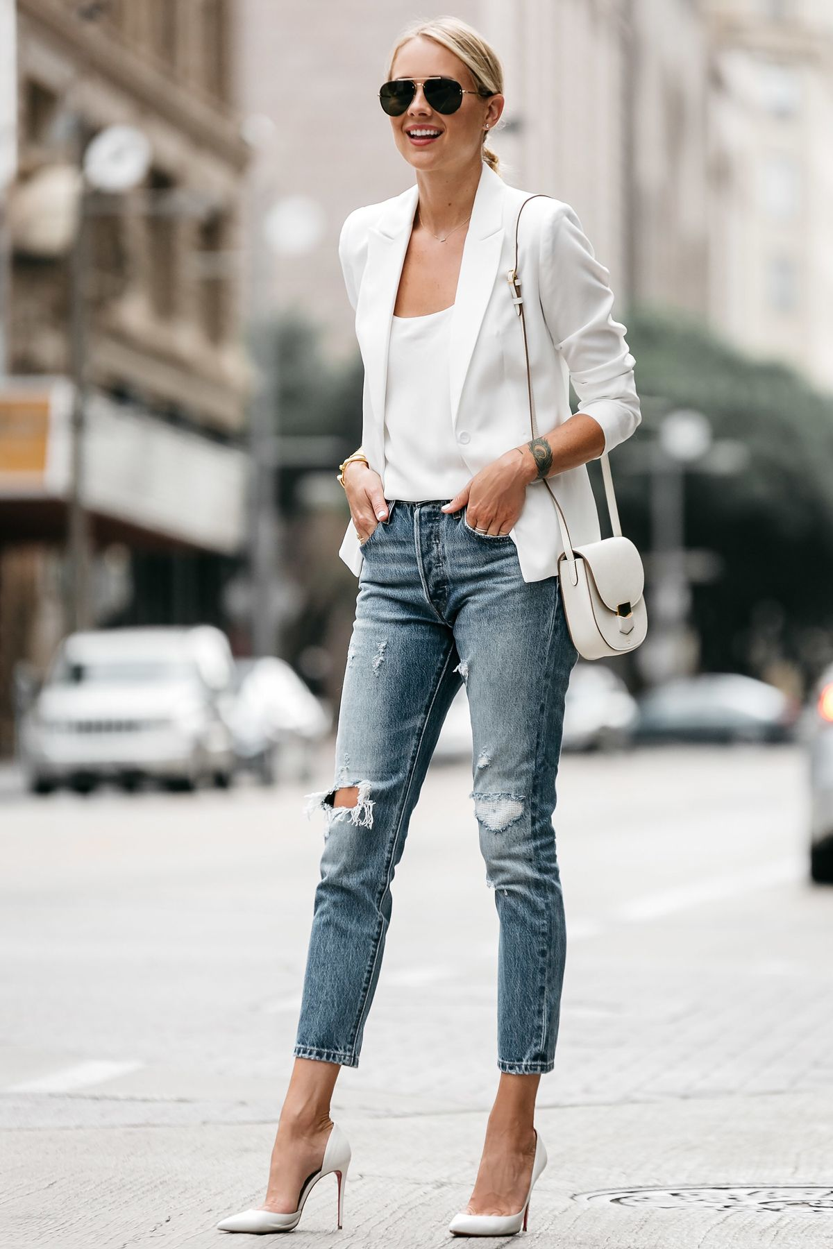 تسوقي أجمل موديلات جاكيت بليزر باللون الأبيض