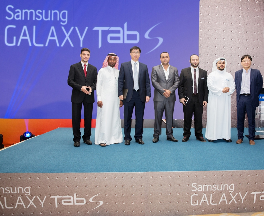 """سامسونج تطرح جهازها """"Galaxy Tab S """"الجديد في السوق السعودي"""