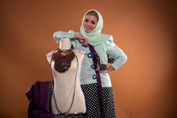 """نصيحة خبيرة الموضة دارين الياور: اجعلي """"التارتان"""" القطعة الأهم لخريف و شتاء 2013"""