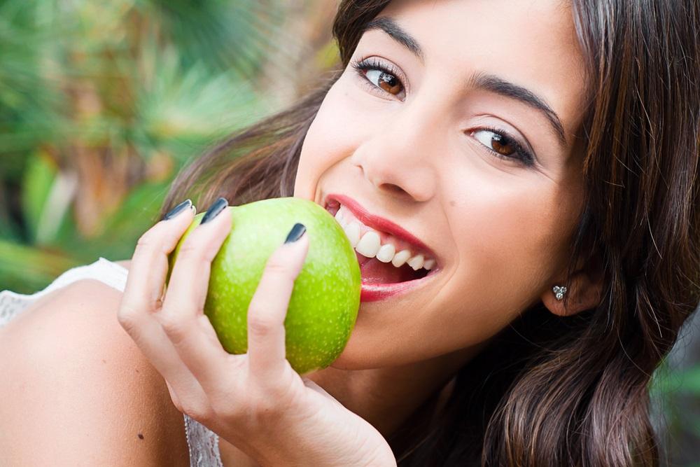 افضل 5 اطعمة لأسنان صحية