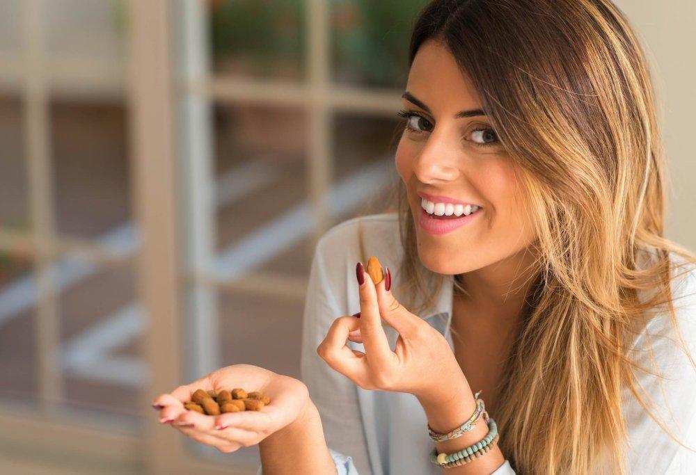 المكسرات غنية بالعناصر المفيدة لصحة الاسنان