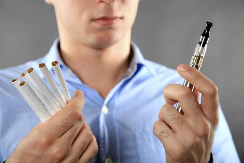 تحذير من السجائر الإلكترونية لإحتوائها مواد سامة تسبب العقم - مجلة هي