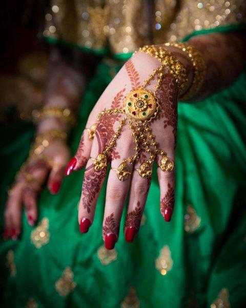 07ab76788cfc9 بمناسبة اليوم الوطنى الإماراتي .. تعرف على تقاليد الزواج في الإمارات ...