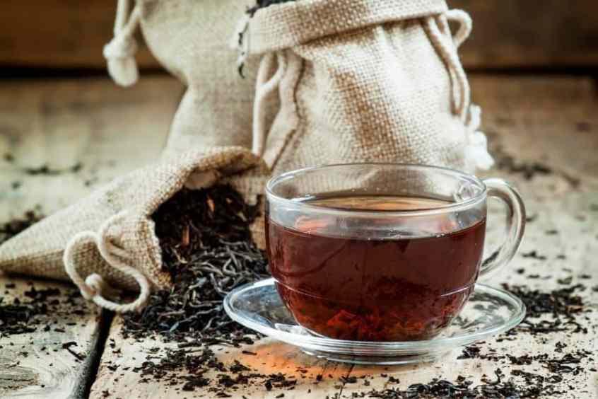 الشاي الأسود يعزز صحة الدماغ لدى كبار السن