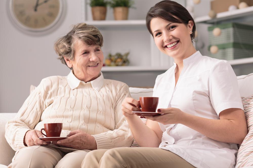 الشاي يحسن الذاكرة لدى كبار السن