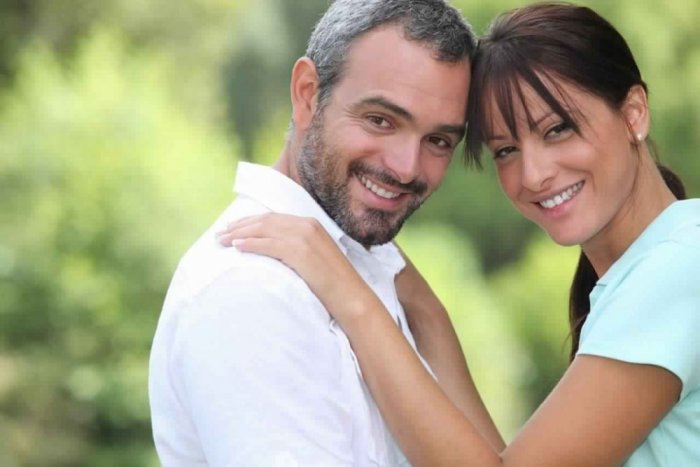ما هي فوائد الحب في سن الأربعين