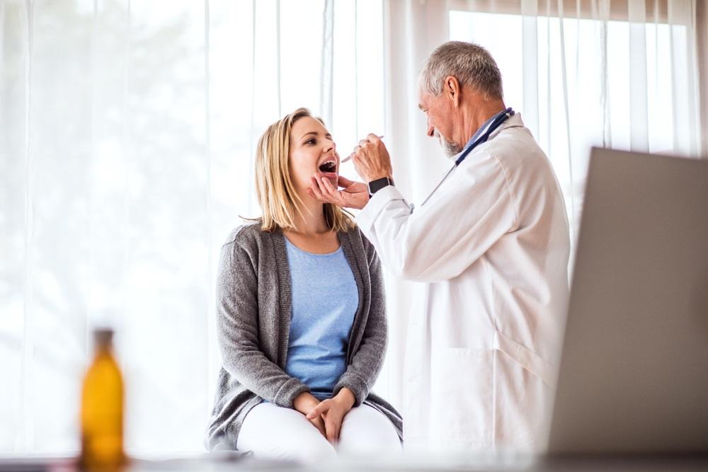 يعتمد علاج تمزقات المريء على الادوية او الجراحة