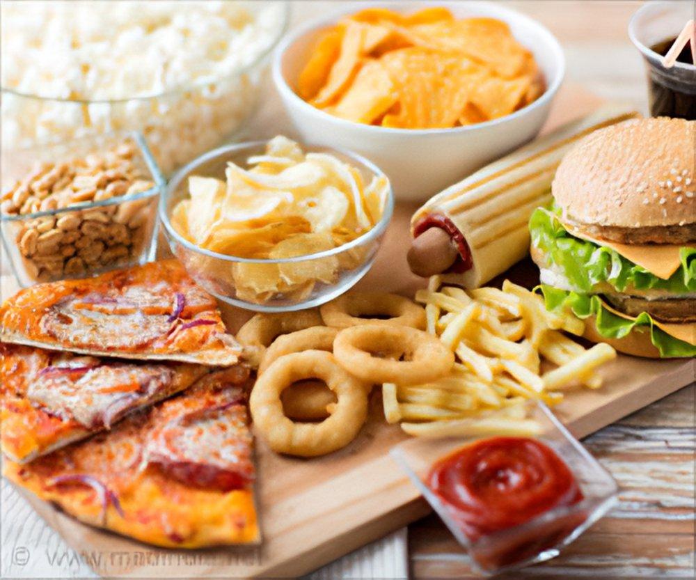 الأطعمة الدسمة ممنوعة لمرضى ارتجاع المريء في رمضان