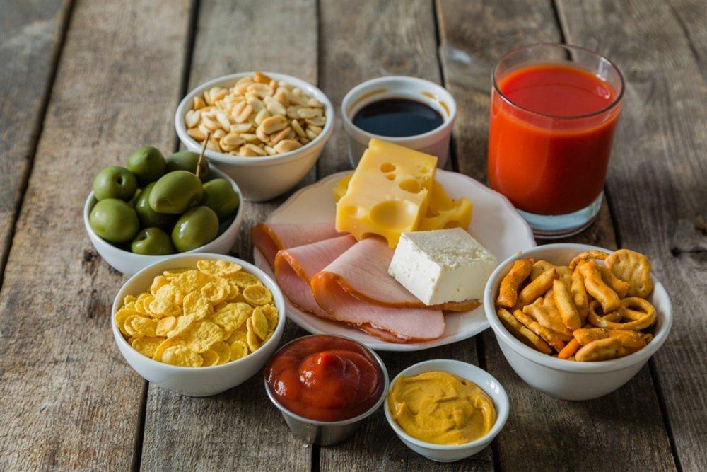 الأطعمة المملحة تضعف مناعة الجسم