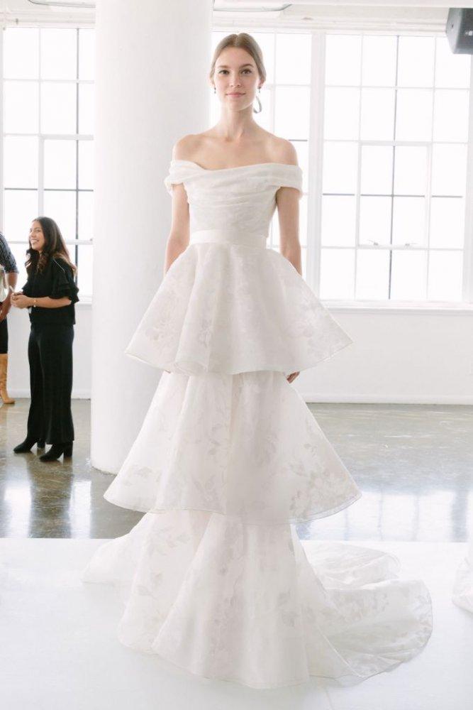 b003bf8fc تصاميم فساتين زفاف انيقة لعروس الخريف - مجلة هي