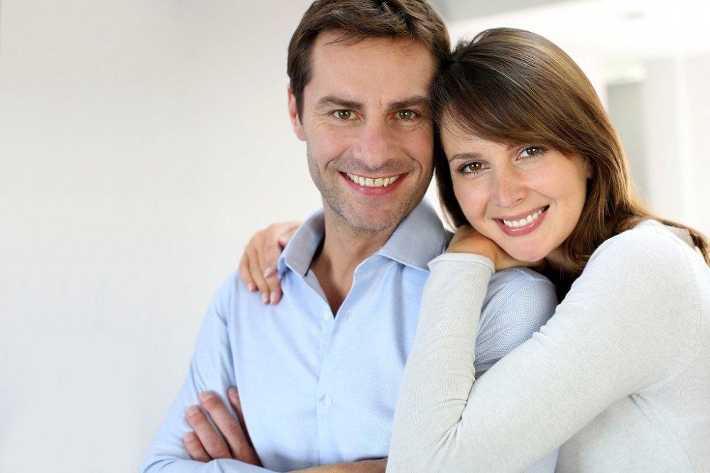 الإهتمام من الأمور التي ترضي الرجل في الحياة الزوجية