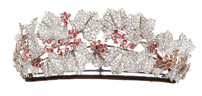 تاج The Danish Ruby Parure Tiara