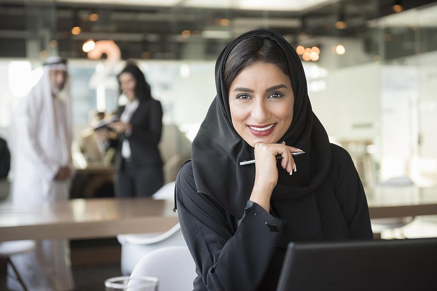 سيدات أعمال دبي يدعو رائدات الأعمال الإماراتيات للاستفادة من مزايا المجلس - مجلة هي