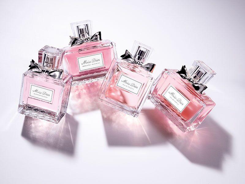 657a83dd6 عطر Miss Dior الجديد.. مصنوع بالحبّ لتفوح منه رائحة الحبّ! - مجلة هي