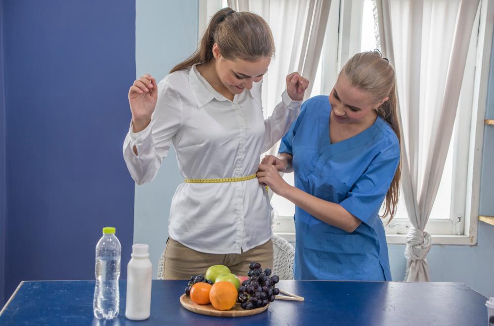 رجيم صحي للتخسيس يستلزم اتباع تعليمات الطبيب حسب معايير الجسم.