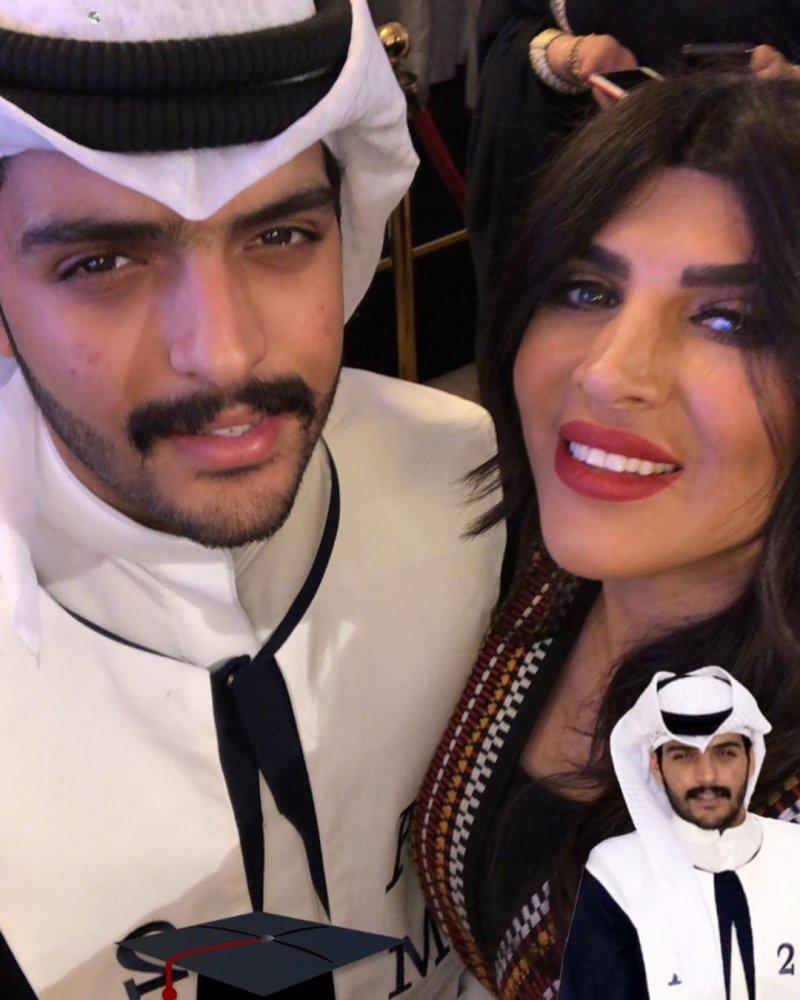 شاهدوا غدير السبتي تحتفل بتخرج ابنها الشاب مجلة هي