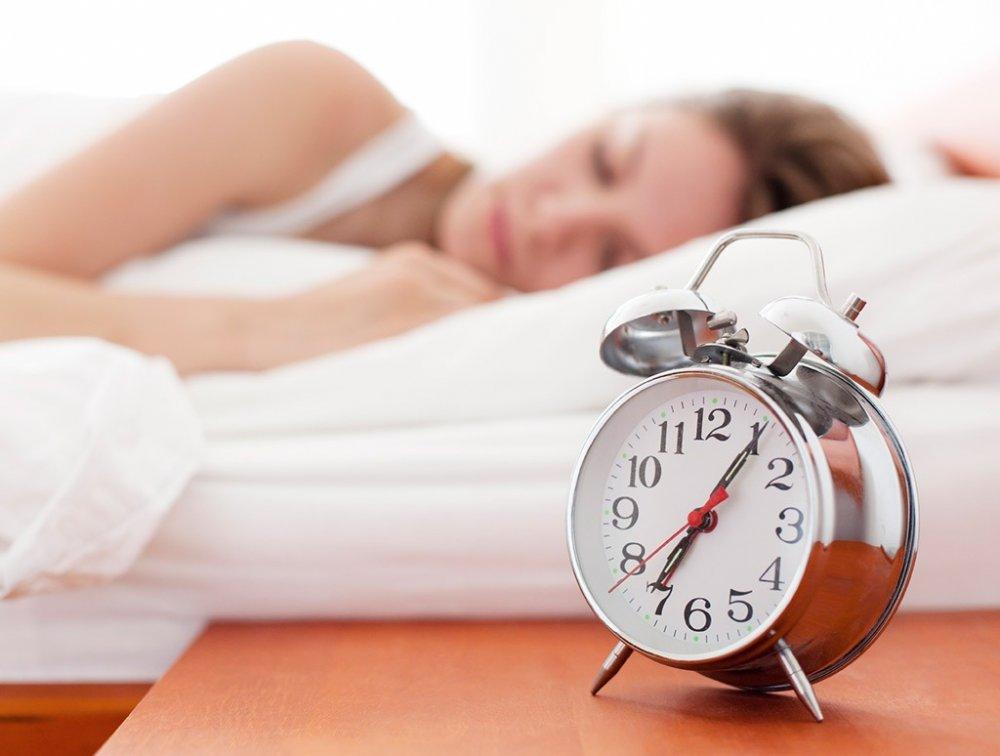 أهم النصائح لحرق الدهون الزائدة أثناء النوم