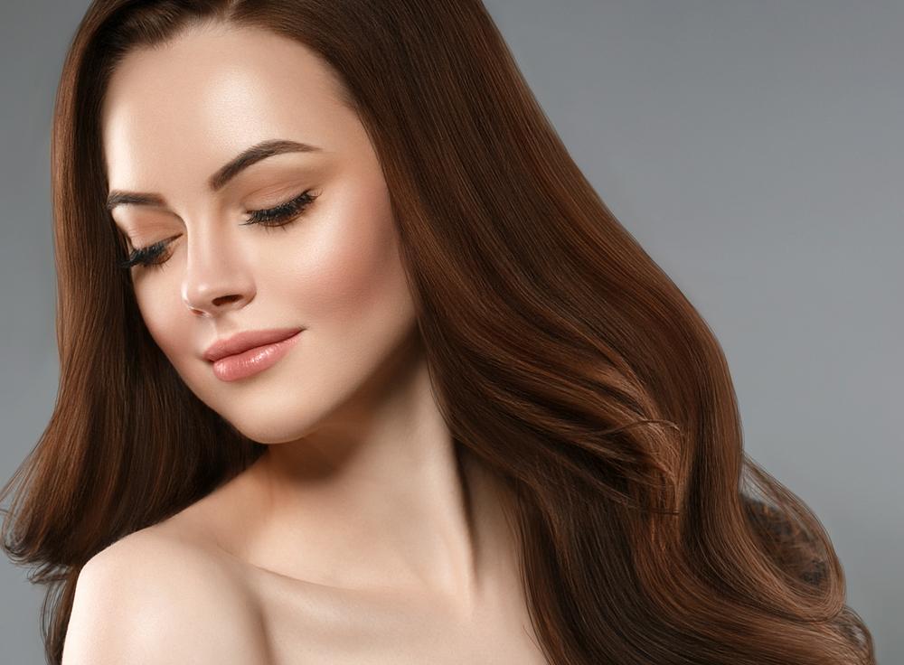 نصائح جمالية ستقودك شعر صحي وجذاب بعد سن الاربعين