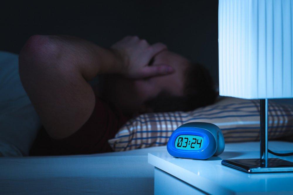 الرجال لأكثر تضررا من العمل بنظام المناوبة ويؤثر على النوم لديهم
