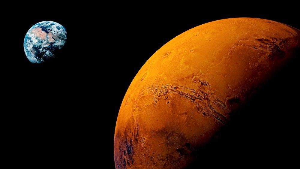 4500 سعودي يرسلون اسمائهم للمريخ مع وكالة ناسا - مجلة هي