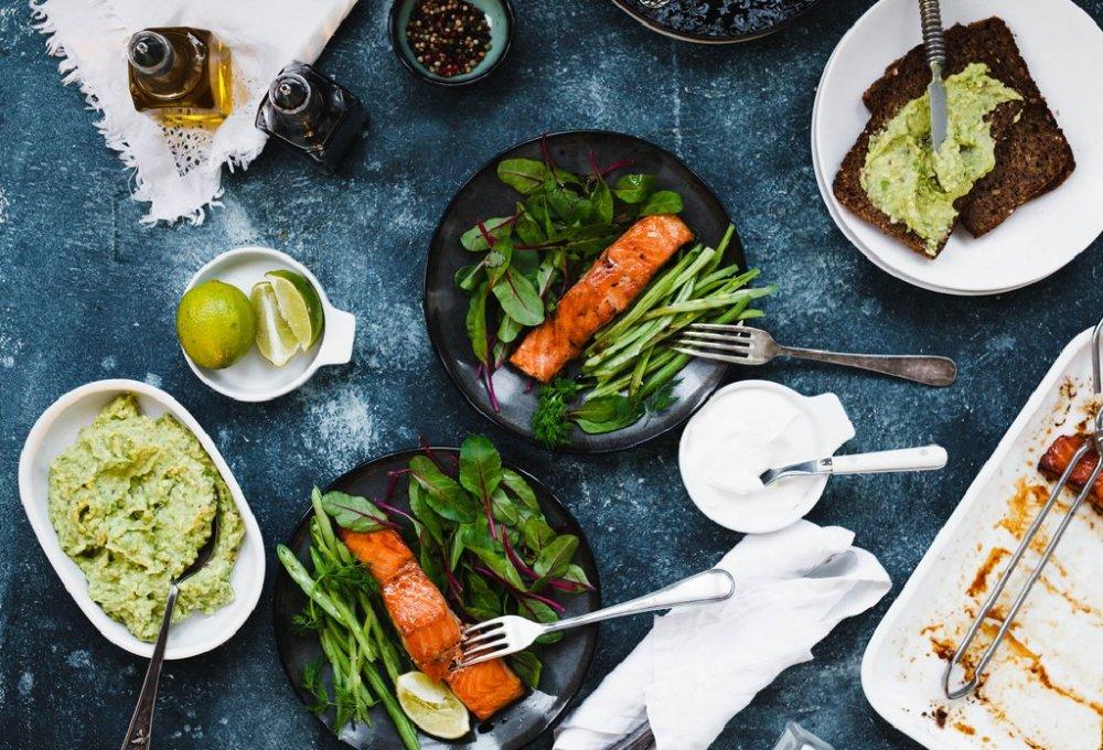 الزبادي مع بروتينات وجبة الغداء الصحية لانقاص الوزن