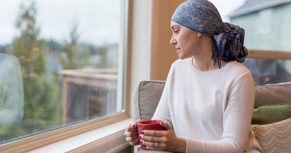 البقاء في المنزل وعدم استقبال الزوار يقي مرضى السرطان من كورونا