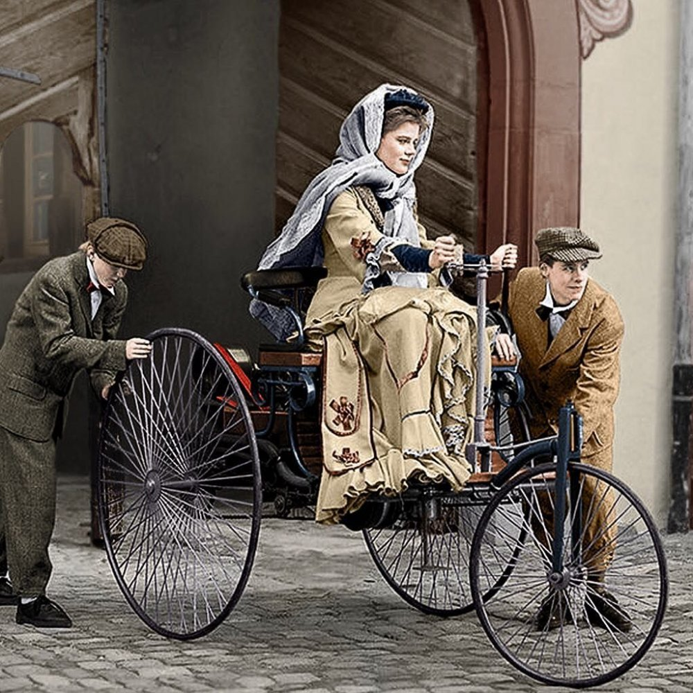 بيرثا بنز BERTHA BENZ