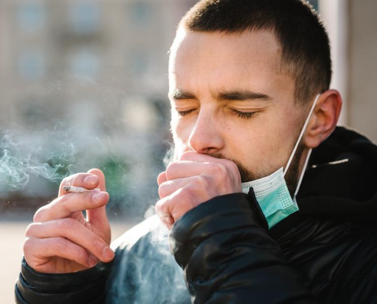 التدخين يسمح لفيروس كورونا بالدخول إلى خلايا الجسم