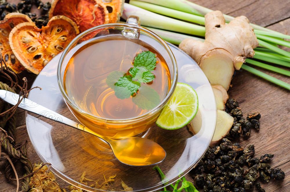 شرب الاعشاب يساعد في الوقاية من الانفلونزا في الشتاء