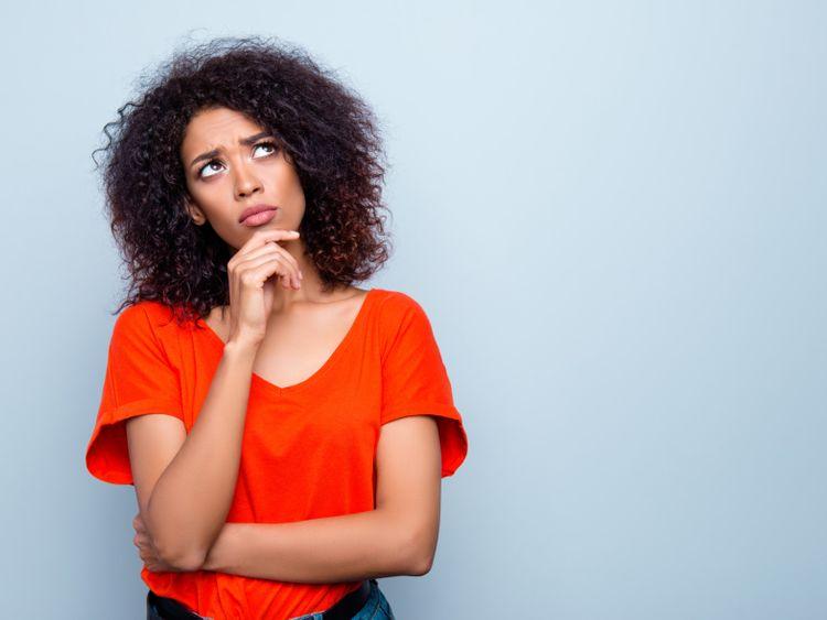 الهواتف النقالة تسبب النسيان وامراض الدماغ