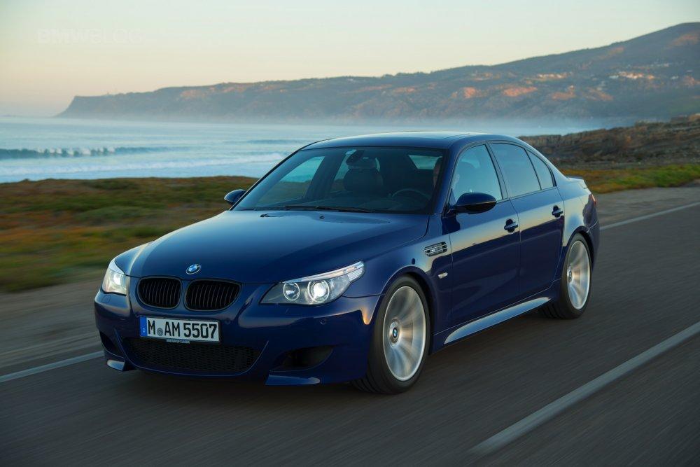 فيديو سيارة BMW M5 تكسر الرقم القياسي لأطول   تفحيط  - مجلة هي