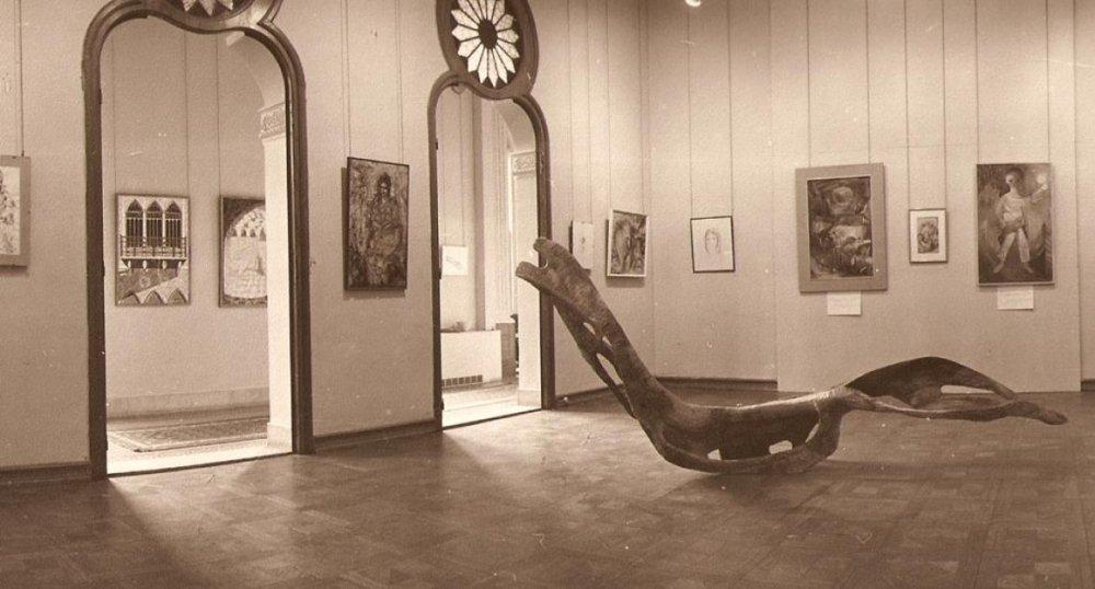 صورة قديمة لصالة العرش داخل متحف سرسق