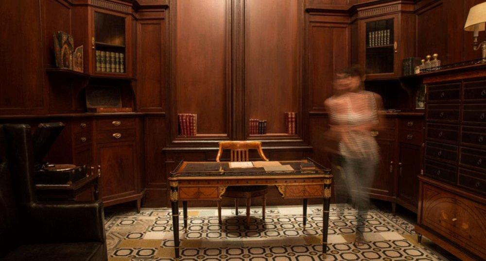 غرفة المكتب العريق لمتحف سرسق