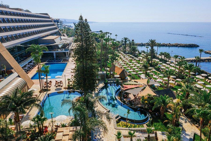 فندق آماثوس الشاطئي ليماسول بين أجمل الفنادق الفاخرة في قبرص