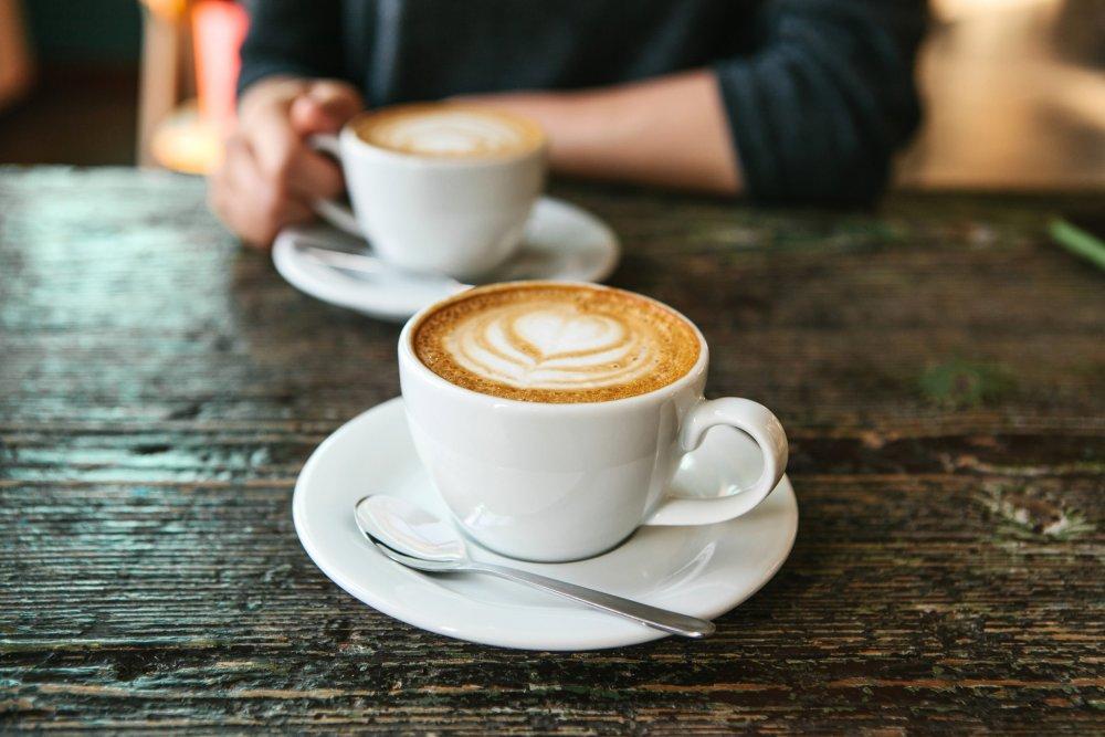 القهوة من الاطعمة التي يجب تجنبها من قبل مرضي التهاب المعدة