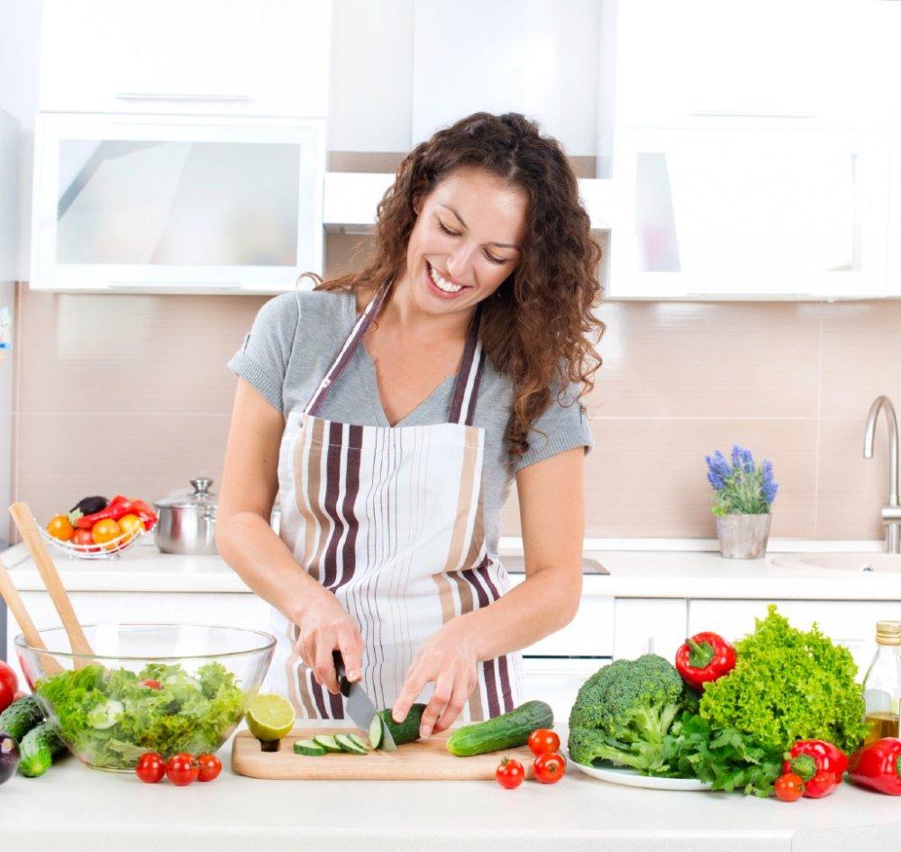 أفضل 5 أطعمة لانقاص الوزن والحفاظ على شباب بشرتك