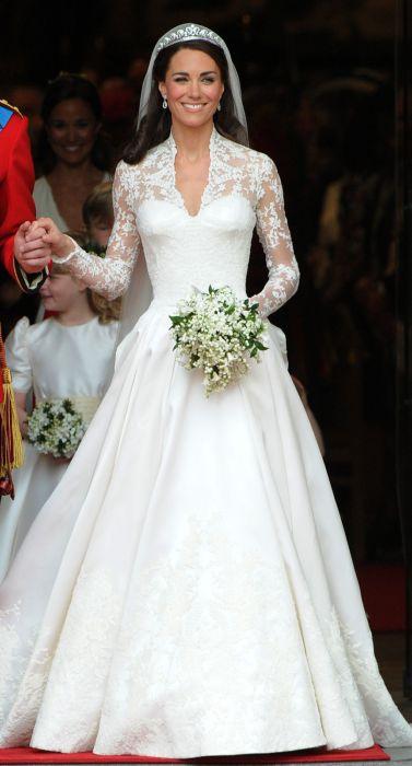 416f8cedee279 الملكة ستكون أول من يشاهد فستان زفاف ميغان ماركل - مجلة هي