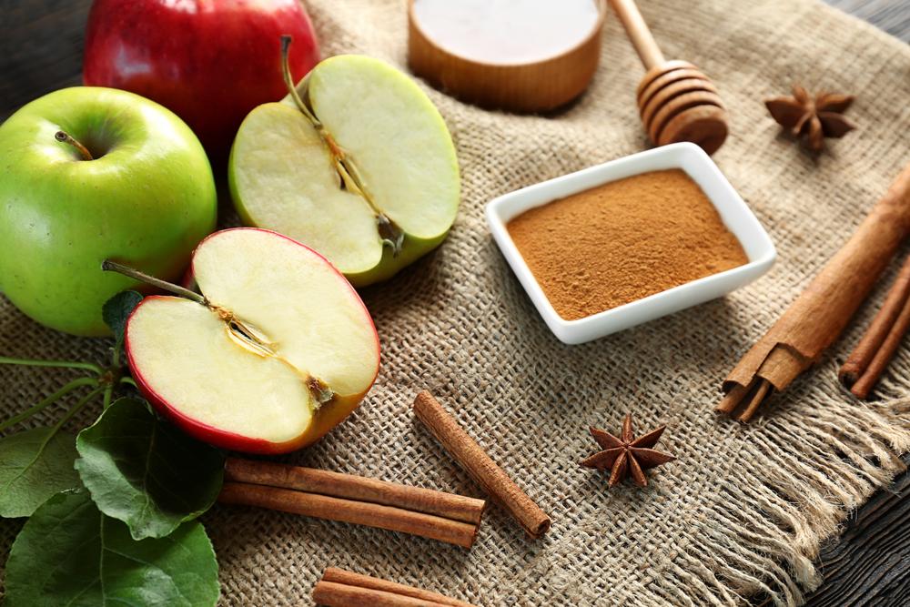 التفاح والقرفة من المركبات المتجانسة لحرق الدهون في الجسم