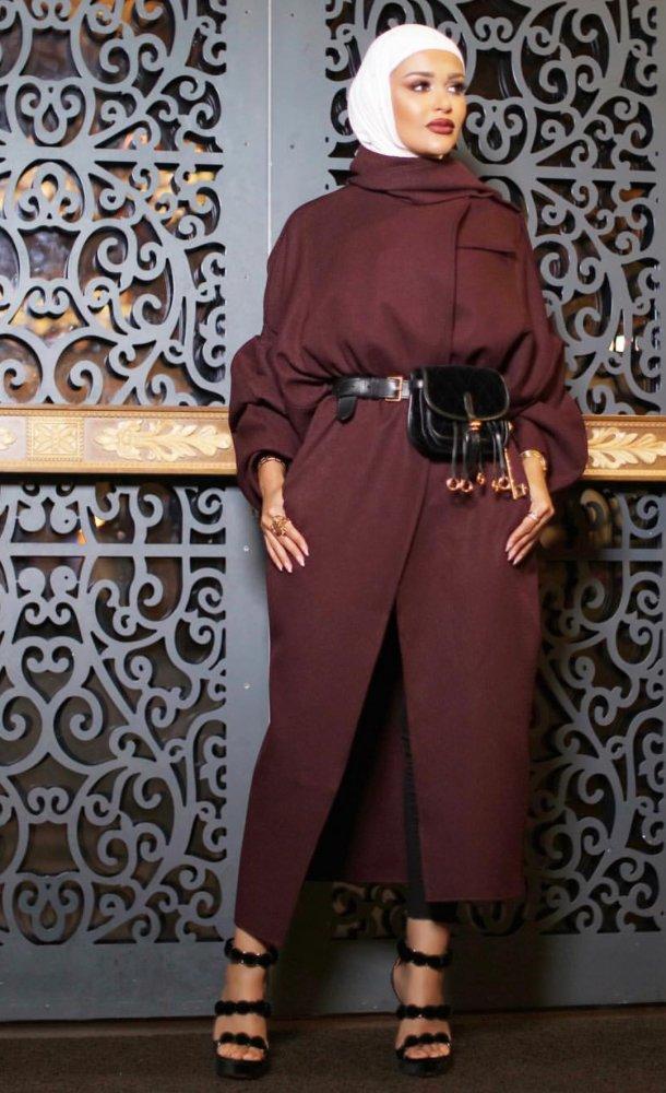 af17e0c205b16 ملابس محجبات لشتاء 2018 باسلوب مرمر - مجلة هي