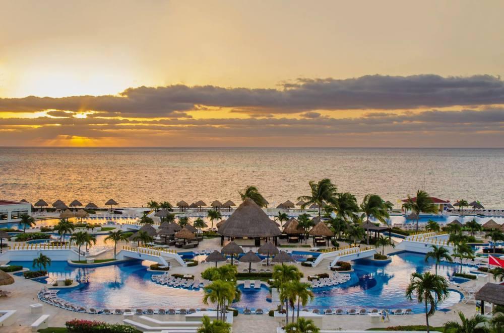 مون بالاس كانكون.. أفضل المنتجعات العائلية عند السياحة في المكسيك