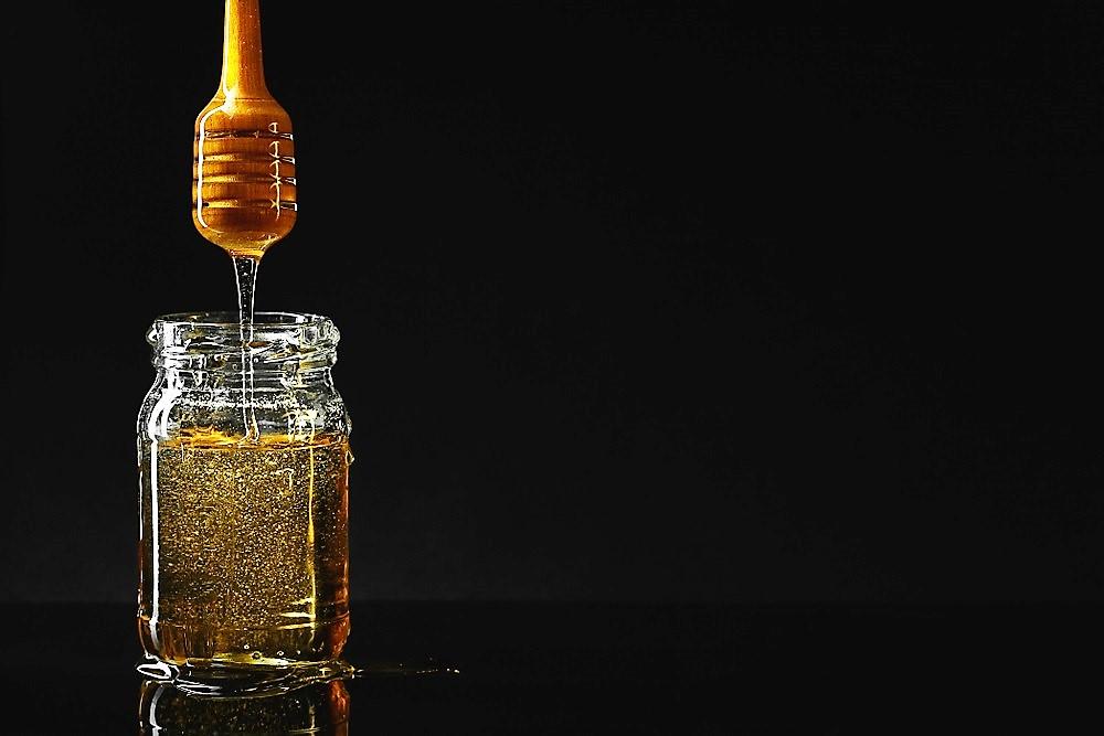 فوائد العسل الأسود لمرضى السكر