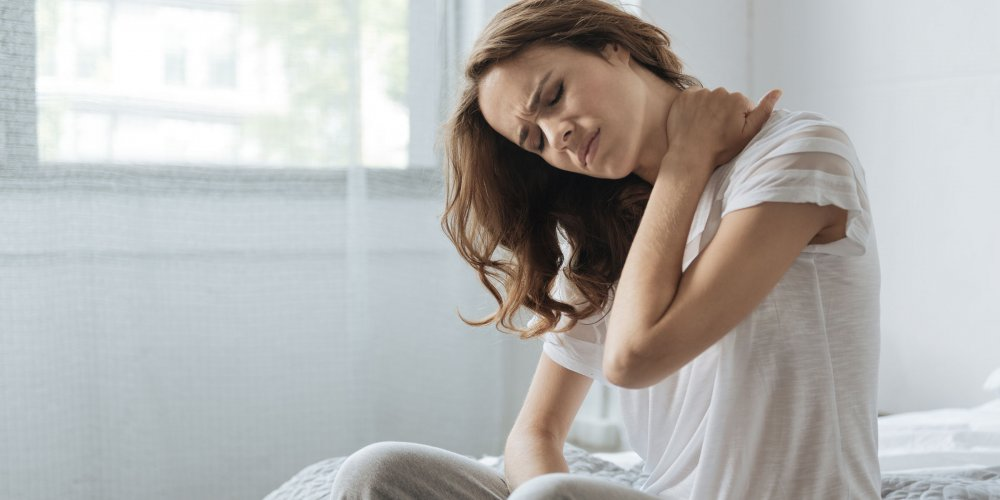 صعوبات النوم والالم من اعراض الشد العضلي المزمن