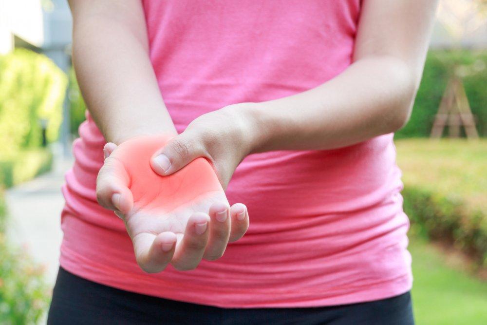 يتسبب الشد العضلي المزمن بضعف العضلات